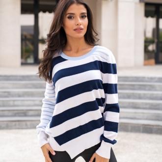Пуловер синьо райе от италианска вълна