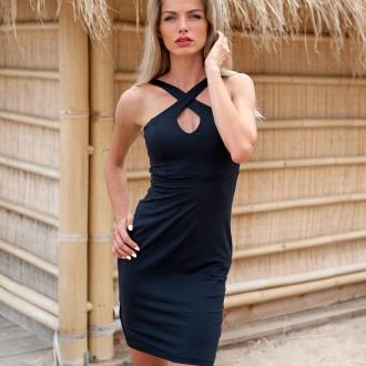 Еластична къса рокля с ефектно деколте в черно