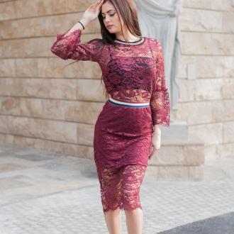 Дантелена пола с висока талия в цвят бордо