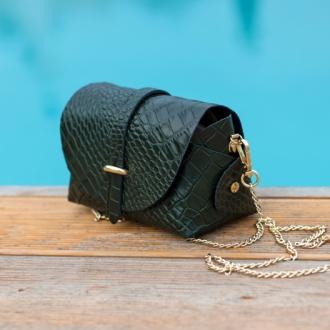 Малка чанта с крокодилска текстура в зелено