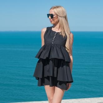 Къса черна рокля с воали и копчета с перли - ИЗЧЕРПАНА