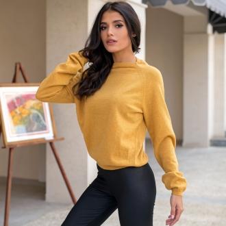 Пуловер от вълна и алпака в цвят горчица