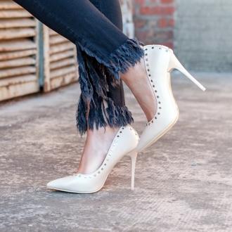 Стилни обувки в цвят пудра