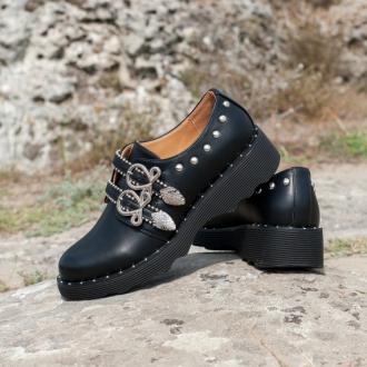 Обувка с катарами Етно
