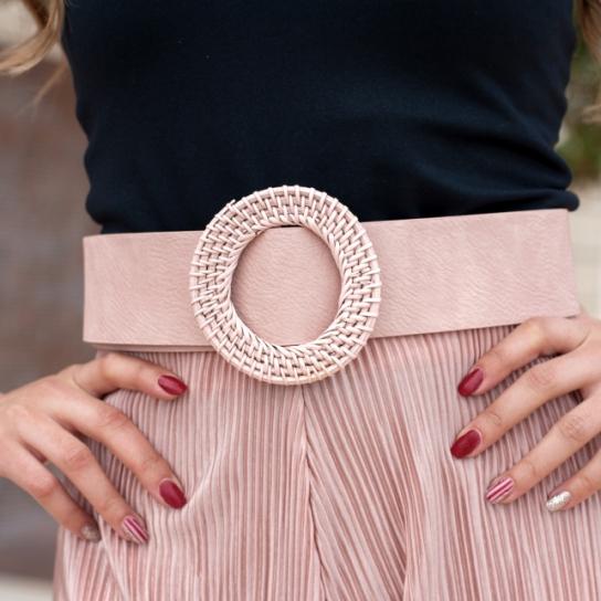 Колан с плетена катарама в розово