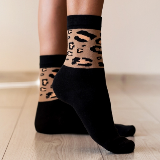 Чорапи с леопардов принт