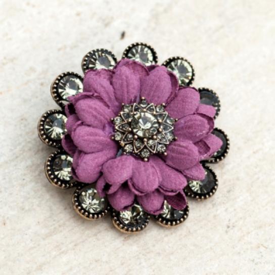 Брошка лилаво цвете с кристали