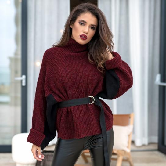 Пуловер от италианска вълна в цвят бордо