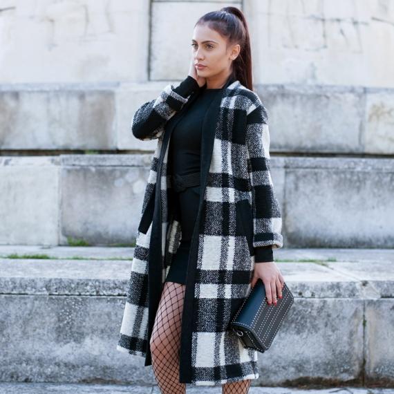 Жилетка тип палто от мохер и вълна в черно и бяло каре