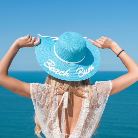 Плажна шапка Beach Bum в бебешко синьо