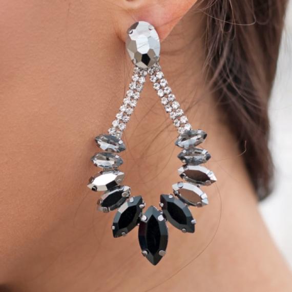 Обици с бели и черни кристали