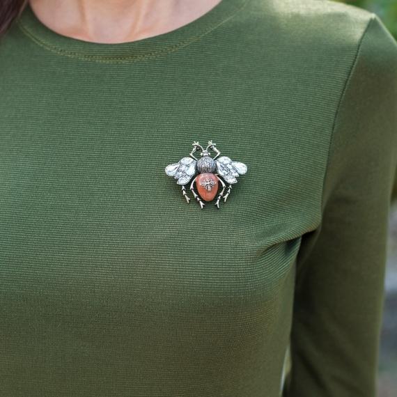 Брошка Bugs с кристали на крилата