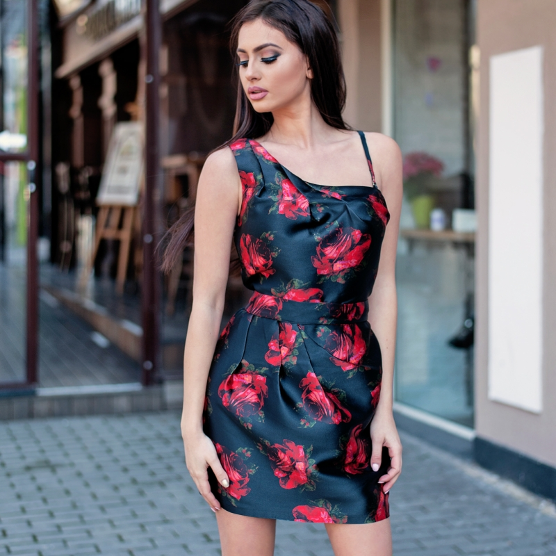Рокля Red Roses - Luxury Limited Edition
