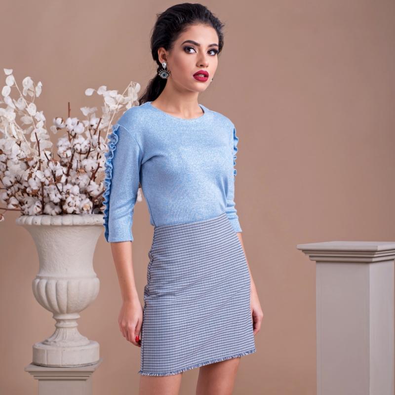 Блуза Pearl Blue в нежен син цвят с бляскави нишки