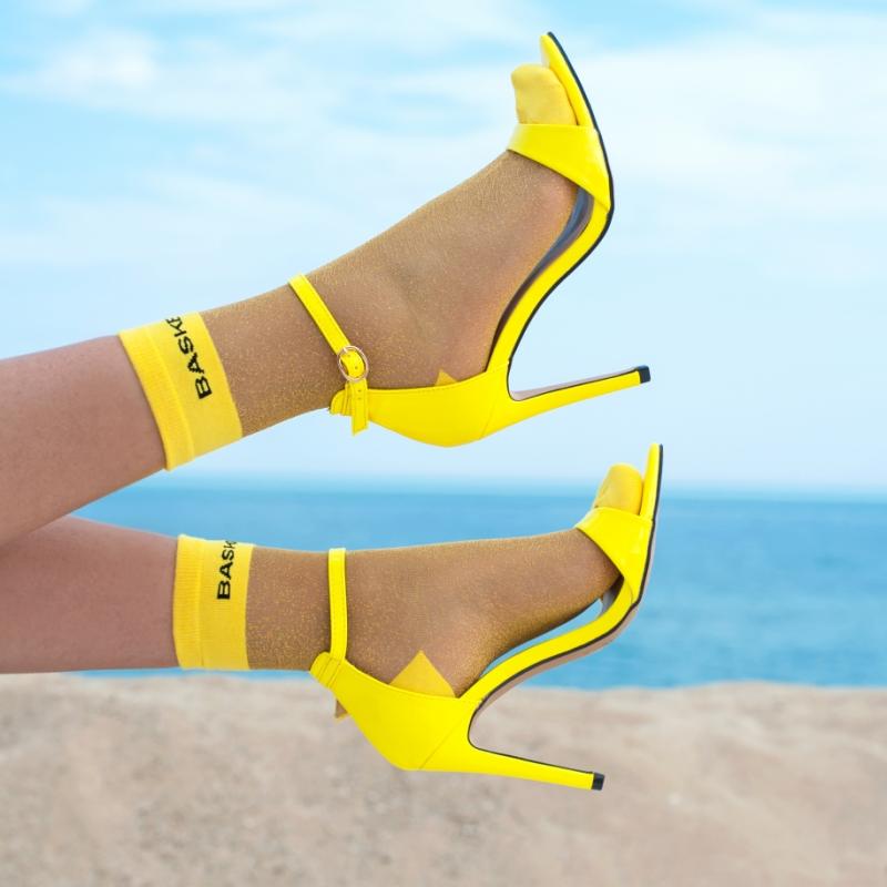 Сандали neon Yellow Jeeini