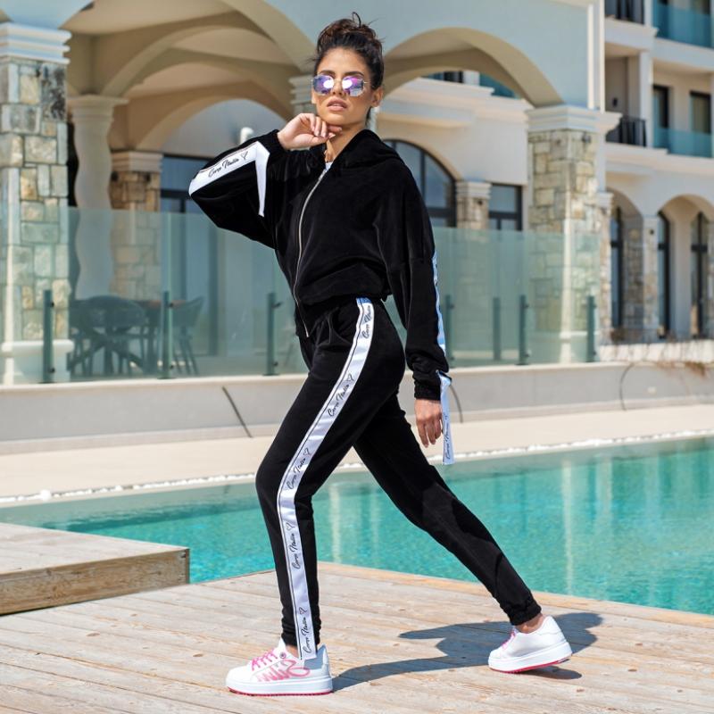 Спортен панталон Corso Italia от черен плюш