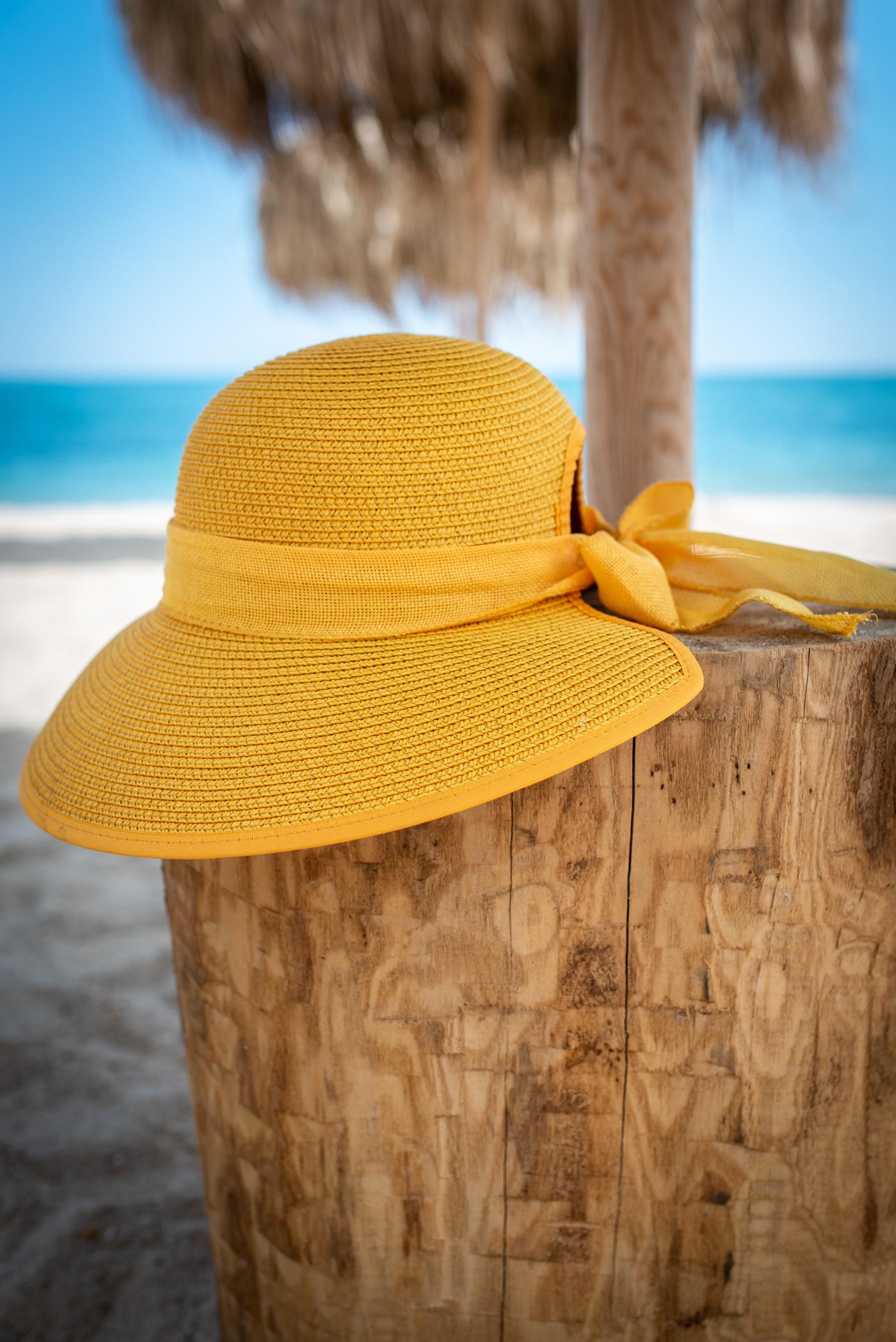 Плажна шапка Yellow Bow
