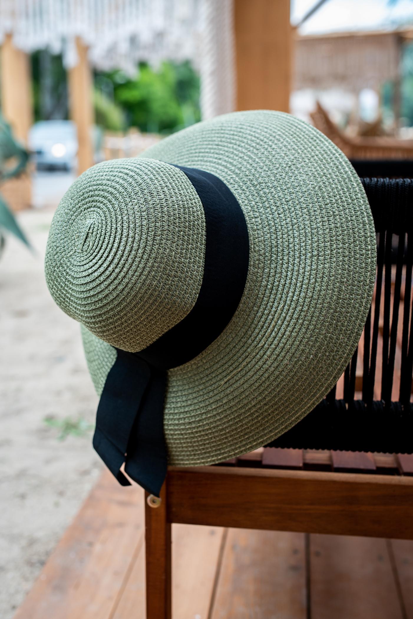 Дамска шапка GREEN/BLACK RIBBON