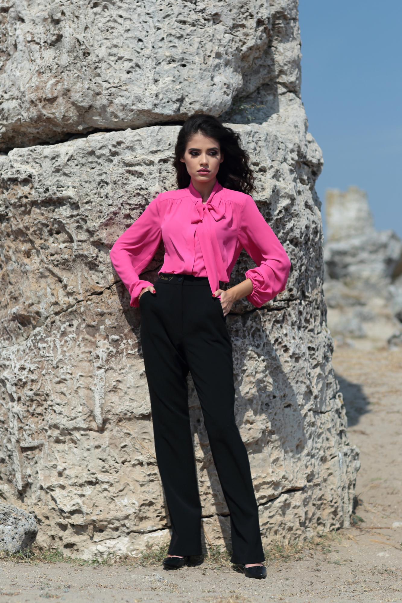 Риза Bright Pink