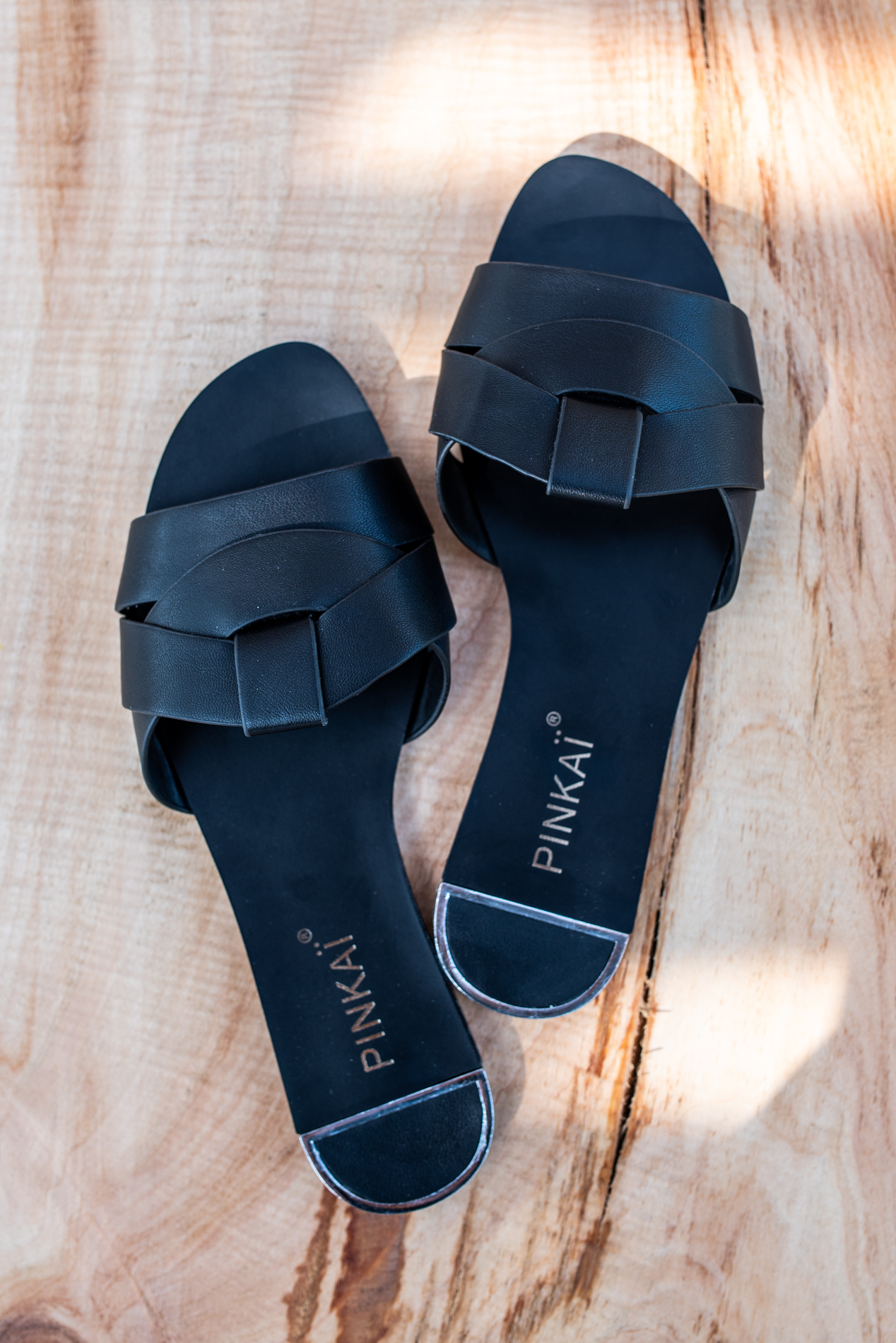 Дамски чехъл BLACK