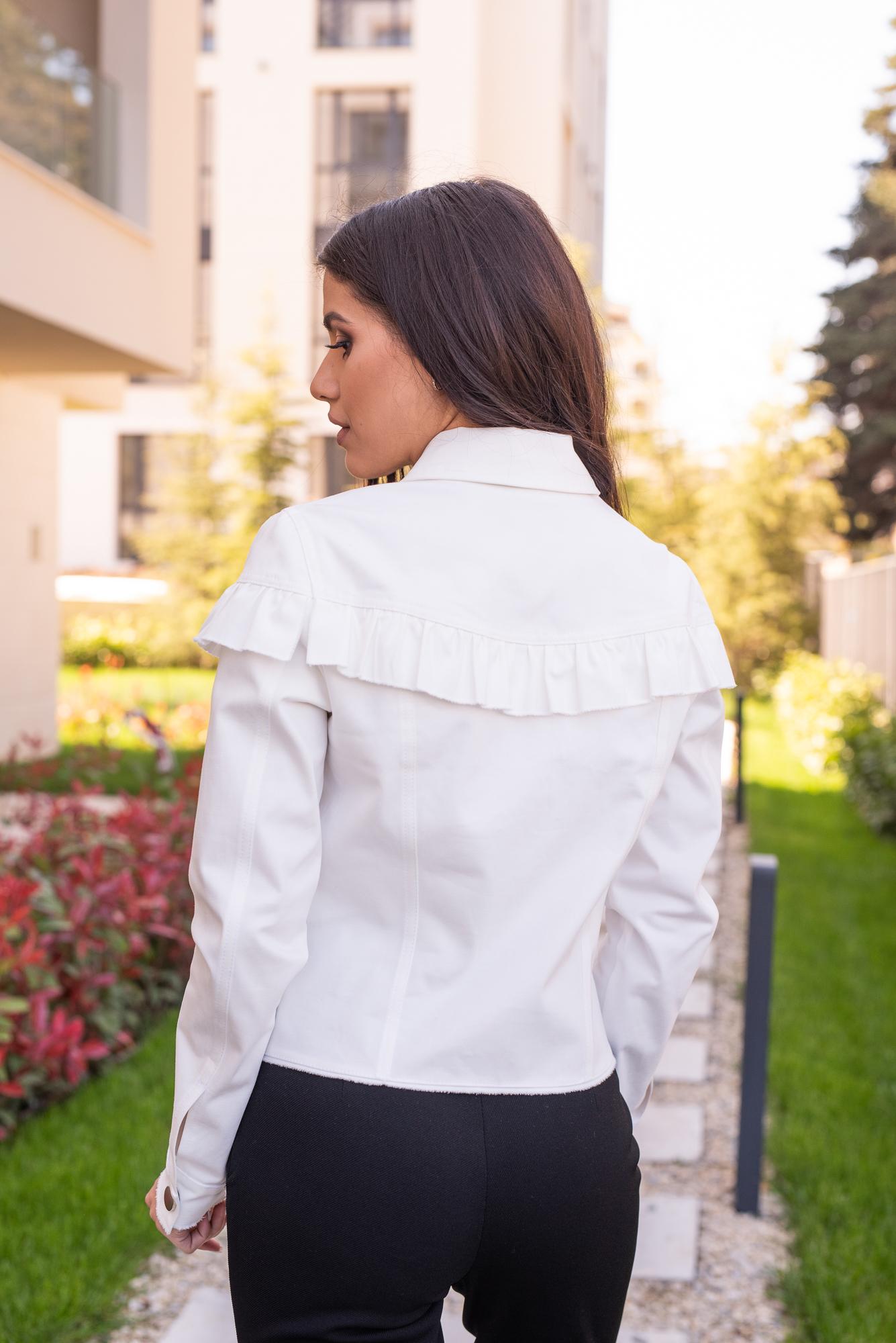 Яке Street Style White