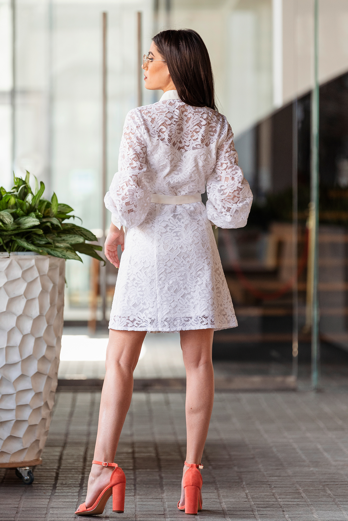 Рокля White Lace