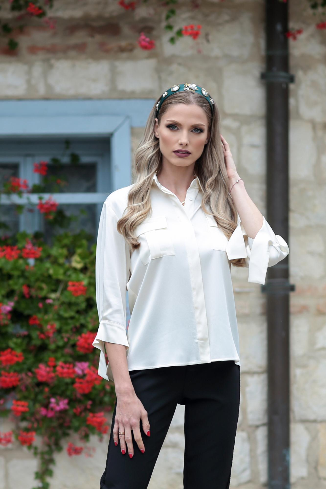 Риза Cream Satin