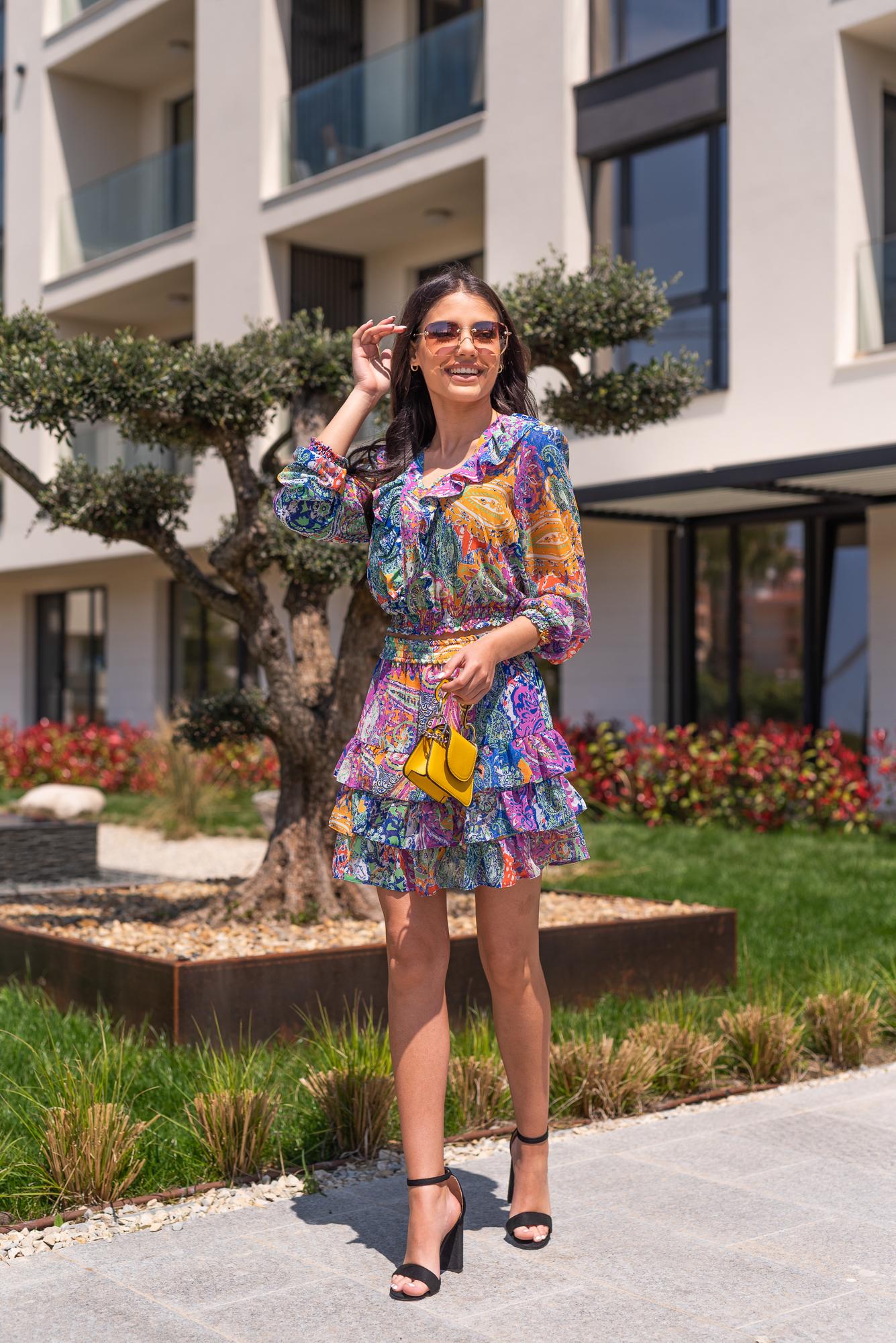 Пола Colorful style
