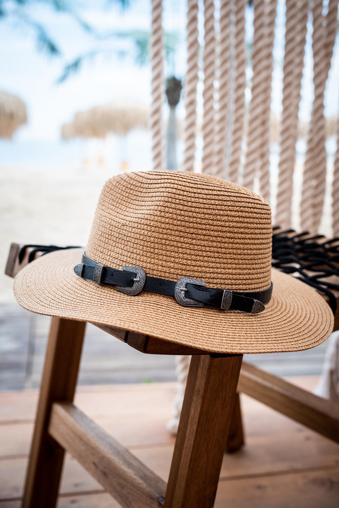 Плажна шапка Belt detail